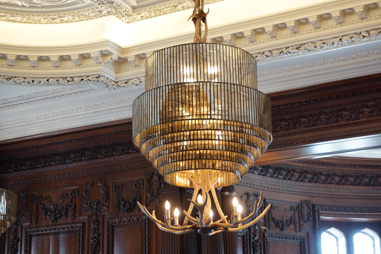 State-of-the-art Chandelier.. Vintage, Elegant & Gothic..