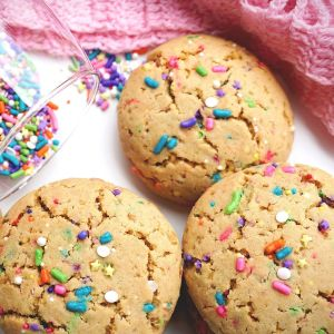 Baked funfetti cookies from scratch