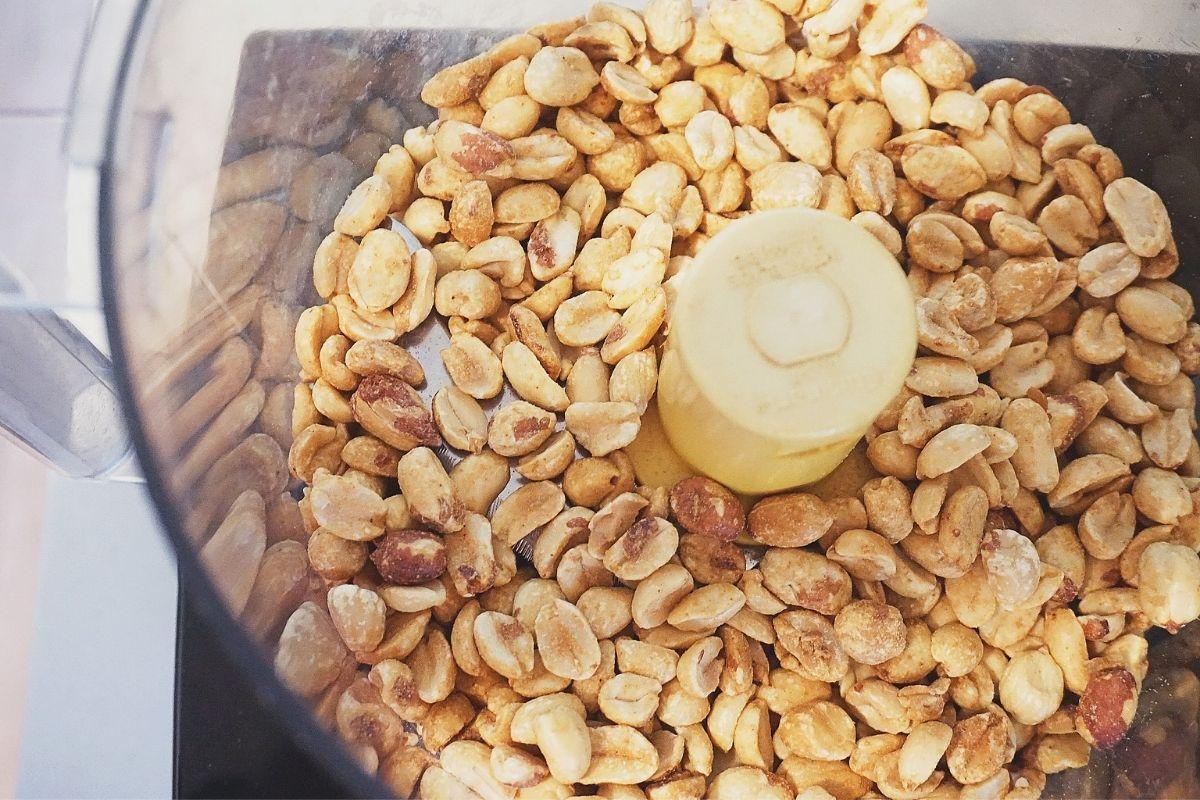 Peanuts in Food Processor