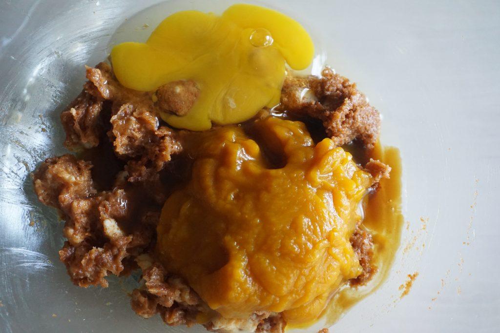 egg vanilla and pumpkin puree added