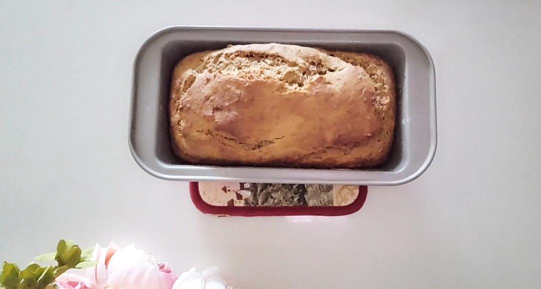baked banana loaf