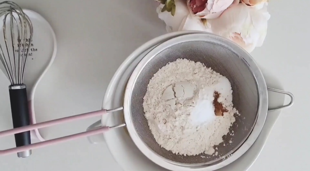 dry ingredients sifted